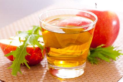 Enjuague para el cabello de vinagre de manzana
