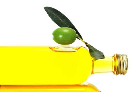 diferentes-usos-del-aceite-de-oliva-para-problemas-del-cabello