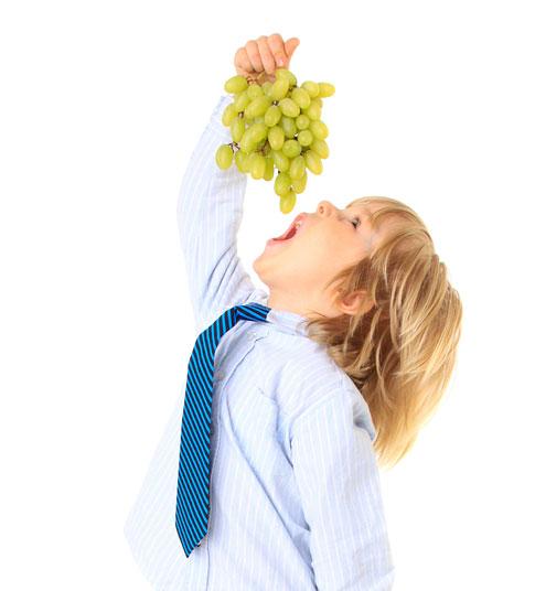 Comer uvas para prevenir la caida del cabello